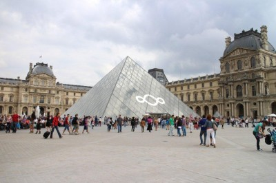 Looking back to the Louvre
